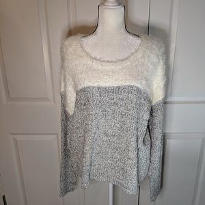 NWT Vince Camuto sweater size Large